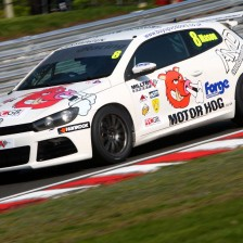 Maason wins Vw Racing Cup opener round