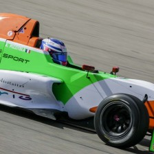 Pizzitola dominates from the pole position