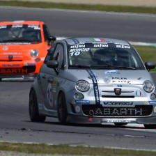 Moncini claims the pole position