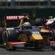 Giovinazzi doubles up in Baku