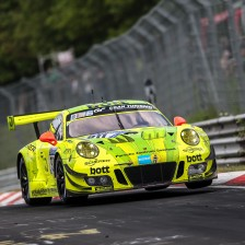 Triple pole for Porsche