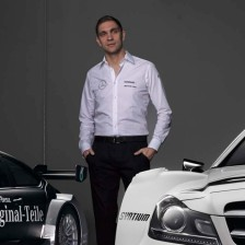 Petrov to debut with Mercedes-Benz