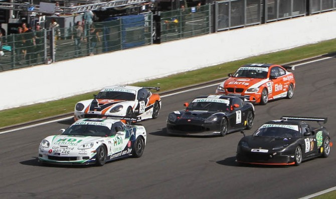 More drivers, teams join GT4 grid