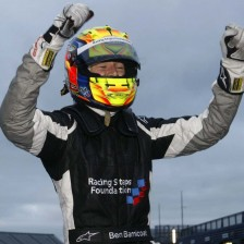 Barnicoat returns to Protyre F.Renault