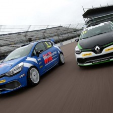 Al via la Renault Clio Cup UK
