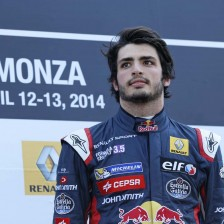 Stevens and Sainz claim first 2014 wins