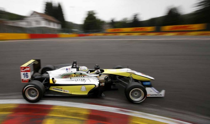 Menezes claims his first pole position