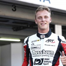 Kirchhofer blazes to maiden pole