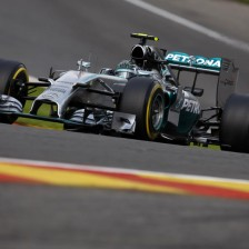 Rosberg scores fourth consecutive pole