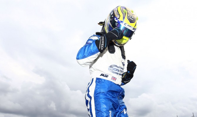 Fewtrell extends his lead in British F4
