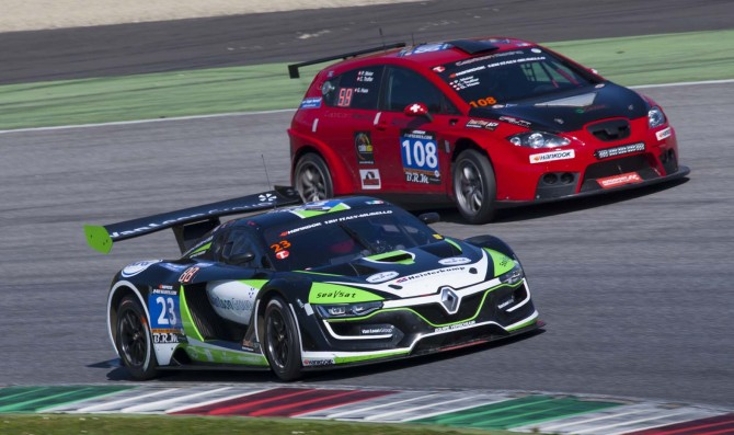 54 cars for Hankook 12H Mugello 2017