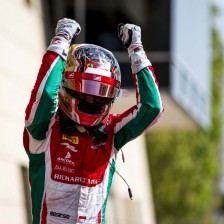 Leclerc storms to sprint win
