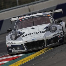 Porsche wins dramatic 12H Red Bull Ring