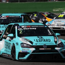 Vernay wins race 2 at Spa