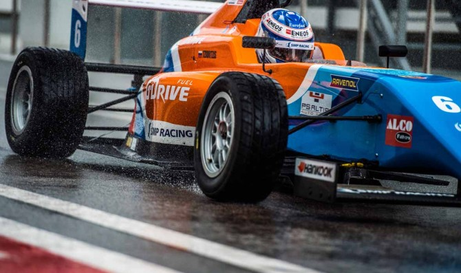 SMP Racing extends commitment