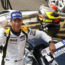 Ammermuller takes dominant victory