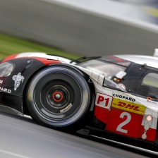 Porsches take first row in Mexico