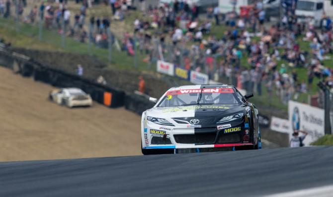 Gabillon domina a Brands Hatch